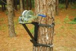 Bracket with 1200 lb Capacity Winch