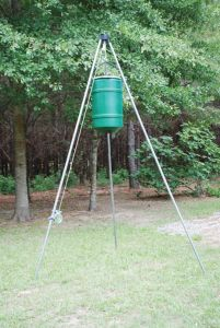 32 Gallon Winch Up Feeder Less Timer