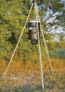 American Hunter 6/12 Volt Digital Spin Winch Up Feeder