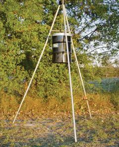 55 Gallon Winch Up Feeder - Less Timer